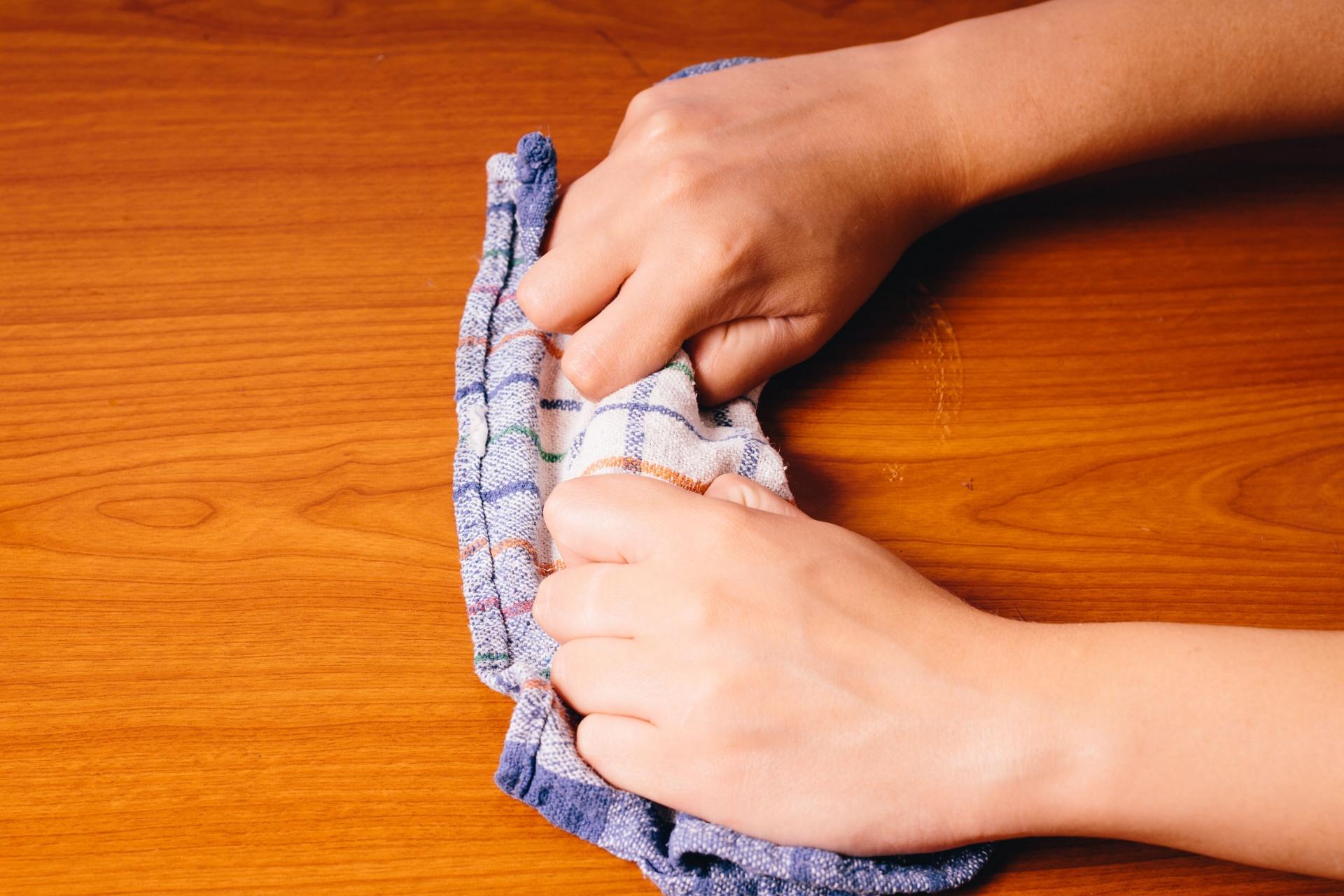 壁のヤニ汚れには セスキ その効果と掃除方法について解説 掃除